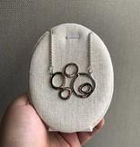dsa Open Circle Pebble Necklace