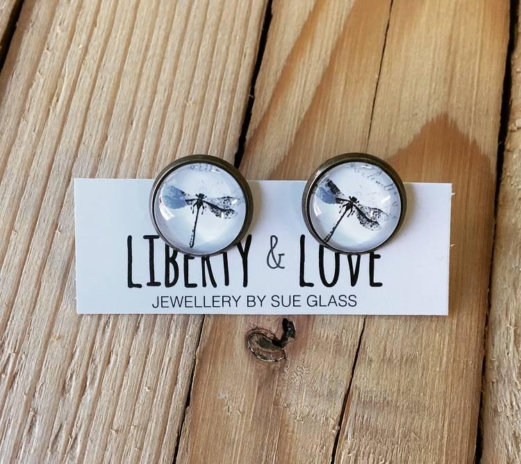 Liberty & Love L&L Studs- Dragonfly