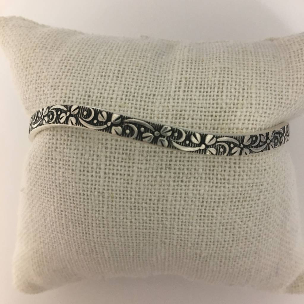 M Style Sterling Silver Flowing Fowers Bangle