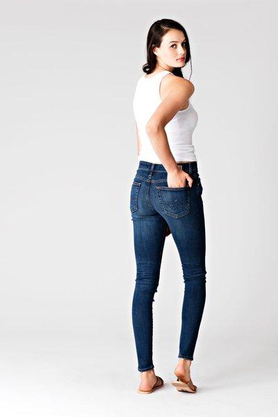 AG Farrah Skinny 8 Year Wander