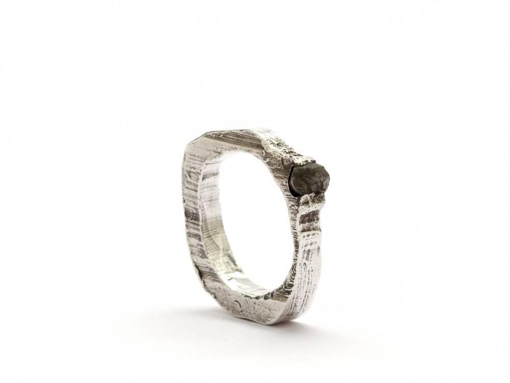 Alice Waese Alice Waese Skinny Carved Black Diamond Ring