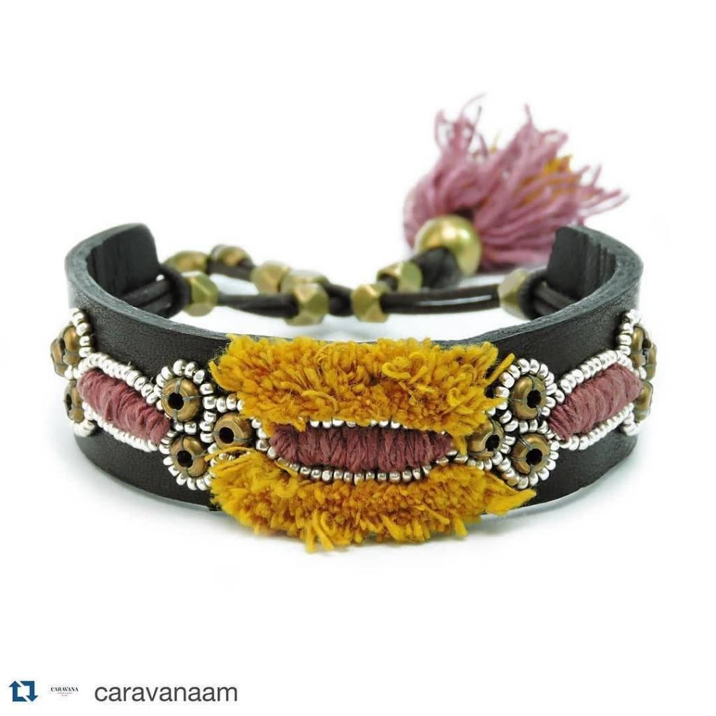 ISHI Ishi Oruga Bracelet