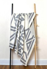 Savannah Hayes Milas Throw Blanket Blanc
