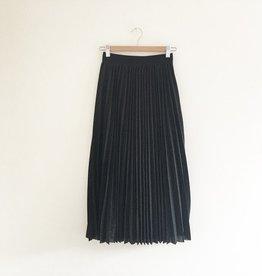 Black Swan Black Swan - Black Pleated Midi Skirt