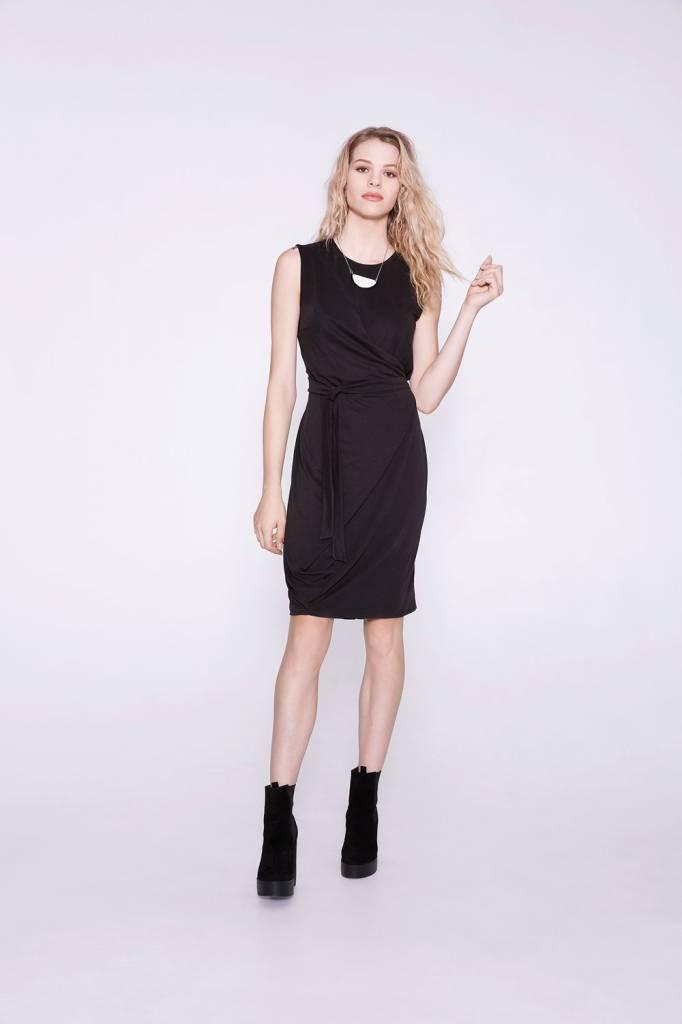 Cokluch Cokluch - Black Asymmetrical Side Tie Dress 'Amelia'