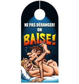 Créations ozze AFFICHE DE PORTE - ON BAISE