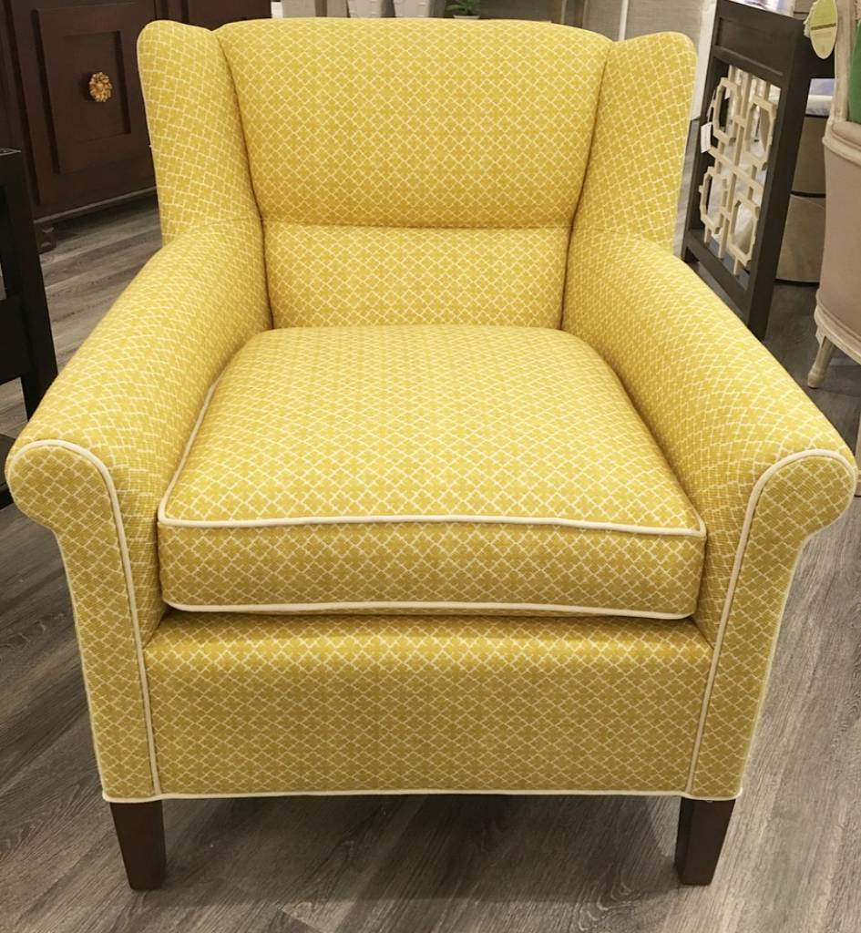 Smythe Chair 28.5W34D32.5H