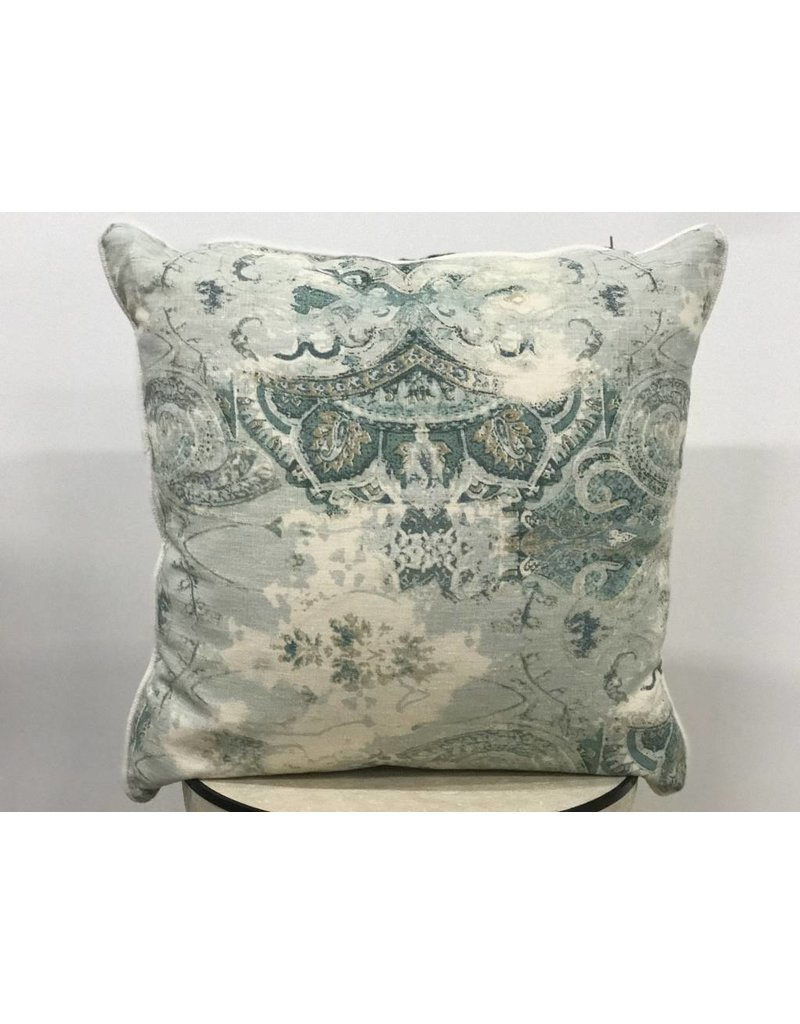"20"" pillows"