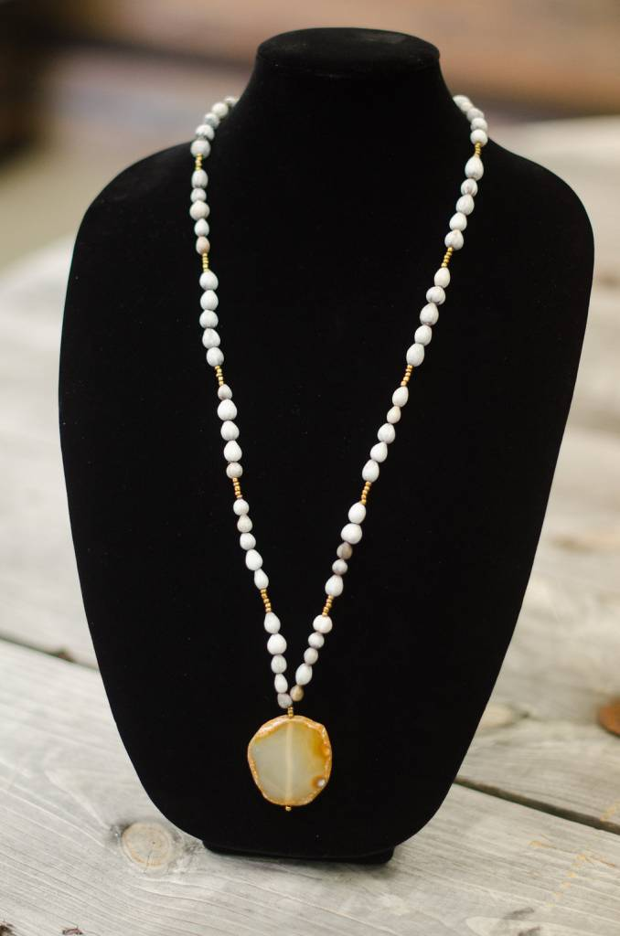 Milky Clear Agate Stone Pendant seed necklace