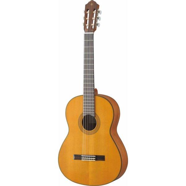 Yamaha Yamaha CG122MCH Classical Guitar Cedar Top Lower Action