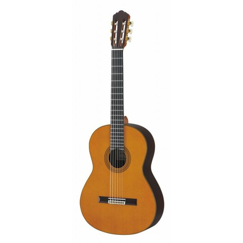 Yamaha GC32C Handcrafted Cedar Classical Guitar W/Case