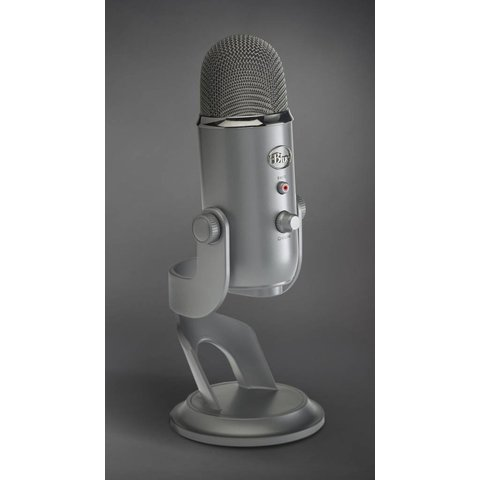 Blue Yeti USB Studio Pack