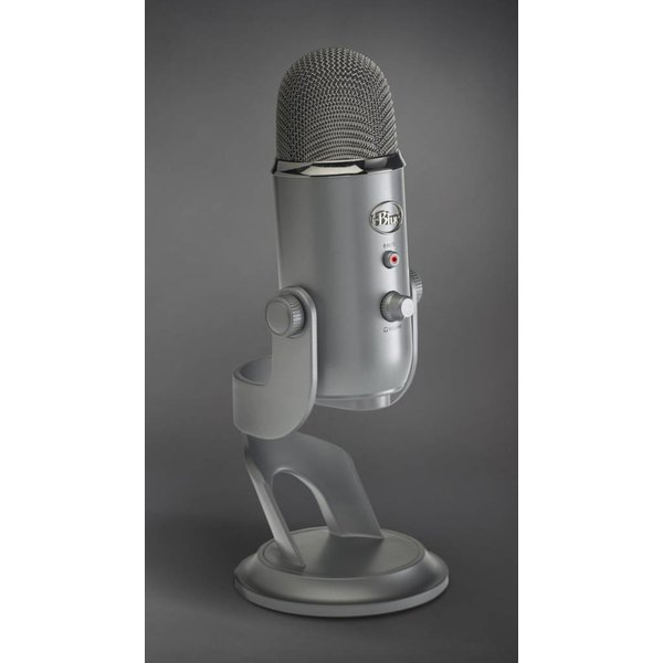 Blue Blue Yeti USB Studio Pack