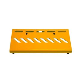 Gator Gator GPB-LAK-YE Yellow Aluminum Pedal Board; Small w/ Carry Bag