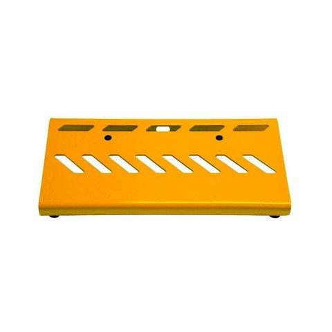 Gator GPB-BAK-YE Yellow Aluminum Pedal Board; Large w/ Carry Bag