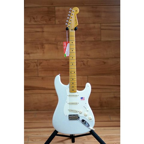 Eric Johnson Stratocaster, Maple Fingerboard, White Blonde