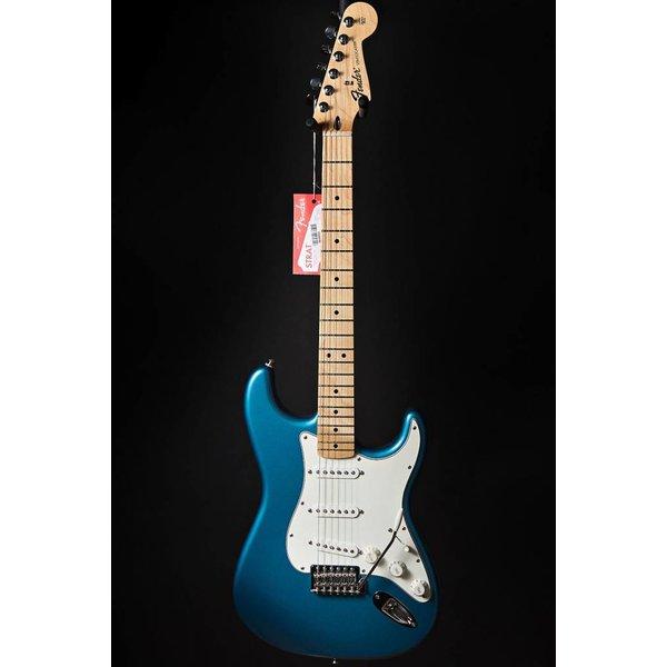 Fender Standard Stratocaster, Maple Fingerboard, Lake Placid Blue