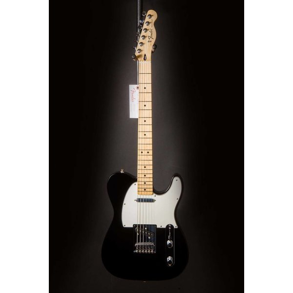Fender Standard Telecaster, Maple Fingerboard, Black
