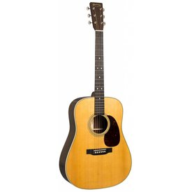 Martin Martin D-28 (2017) Left Standard Series (Case Included)
