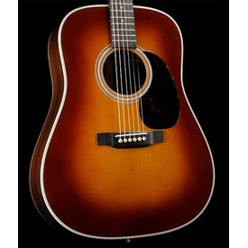Martin Martin D-28 (2017) Ambertone Left Standard Series (Case Included)