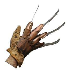 Rubies Costume Company Freddy Krueger Supreme Edition Replica Metal Glove (woodbeam)