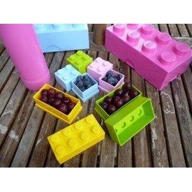LEGO MINI LUNCH BOX 8 (DARK BLUE - NOT PICTURED)