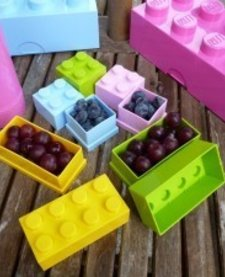 LEGO MINI LUNCH BOX 8 (BLACK - NOT PICTURED)
