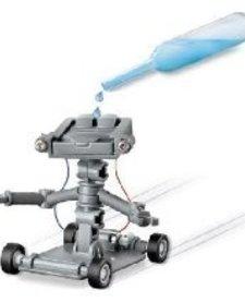 TOYSMITH: Salt Powered Robot