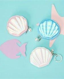 CUPCAKES AND CARTWHEELS:  SEA SHELL COIN PURSE