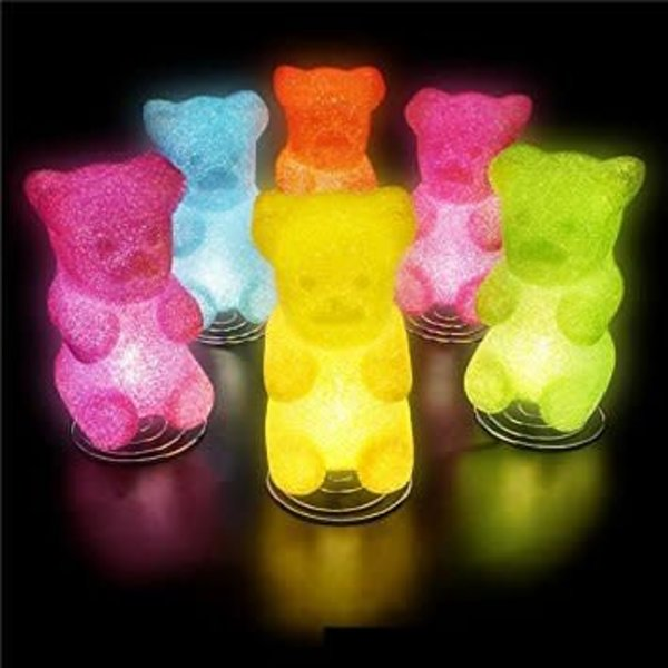 "THE TOY NETWORK: 10"" GUMMY BEAR LAMP (PINK OR GREEN)"