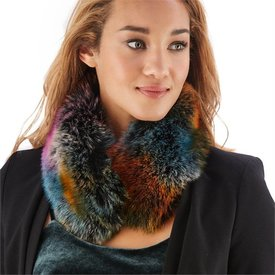 TWO'S COMPANY TWO'S COMPANY: Color Faux Fur Neck Warmer