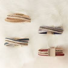 2 CHIC: EMBELLISHED MAGNETIC BRACELET