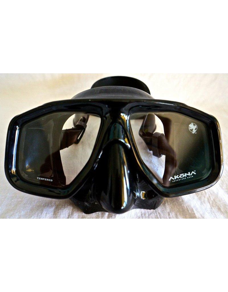 Wahoo Junior Black Silicone Mask
