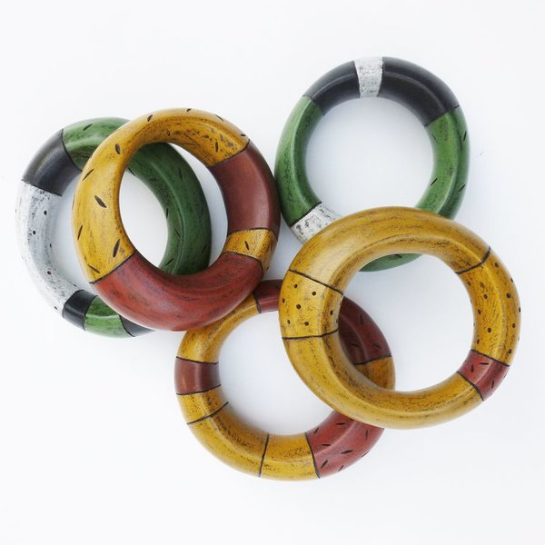 Kimberly Winkle, Bracelet, polychrome basswood