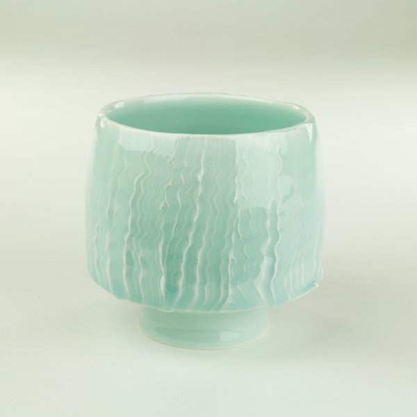 """Derek Au Derek Au, Cup, porcelain, slip, glaze, 4 x 3.5"""" dia"""