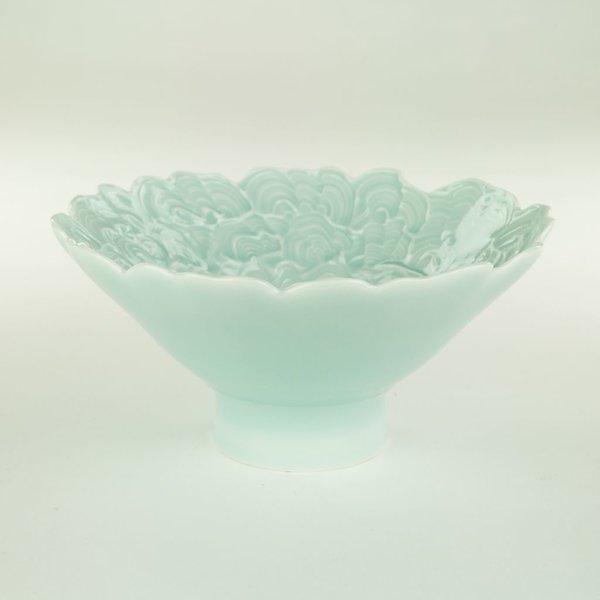 "Derek Au Derek Au, Bowl, porcelain, slip, glaze, 3.5 x 7"" dia"