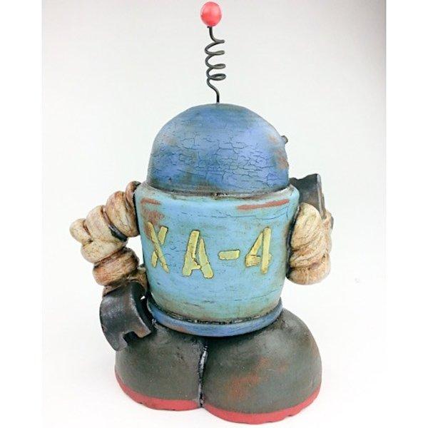 """Michael Klapthor Michael Klapthor, XA-4, ceramic, glaze, 8 x 6 x 5.5"""""""