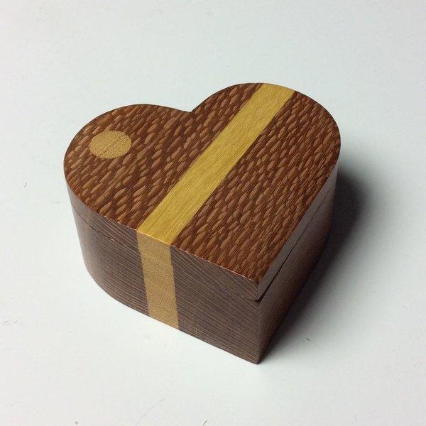 Doug Pisik Doug Pisik, Leopard Stripe Heart Box, leopard wood, yellow wood, 10.75 x 6.75 x 6.75