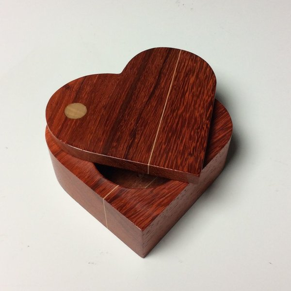 Doug Pisik Doug Pisik, Paduk Double Line Heart Box, paduk, maple, 1.5 x 4 x 4.5""