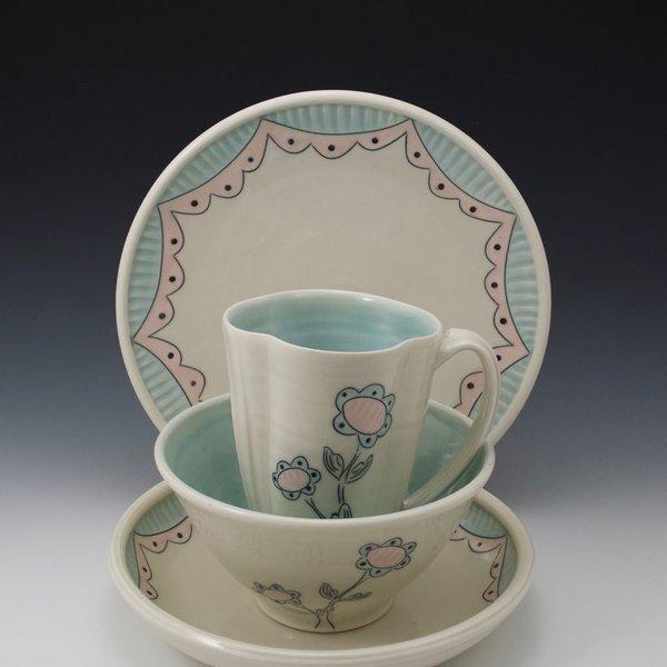 The Southern Table Julie Wiggins, 4-Piece Dinnerware Set, porcelain