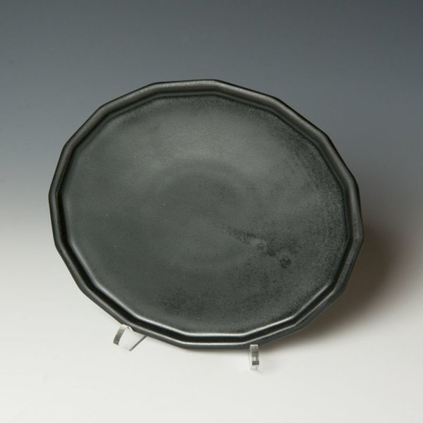 The Southern Table The Bright Angle, Mica Black Dinner Plate
