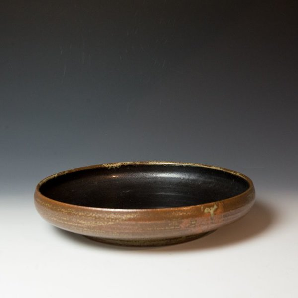 The Southern Table Caroline Cercone, Serving Bowl, stoneware, ash & black glaze