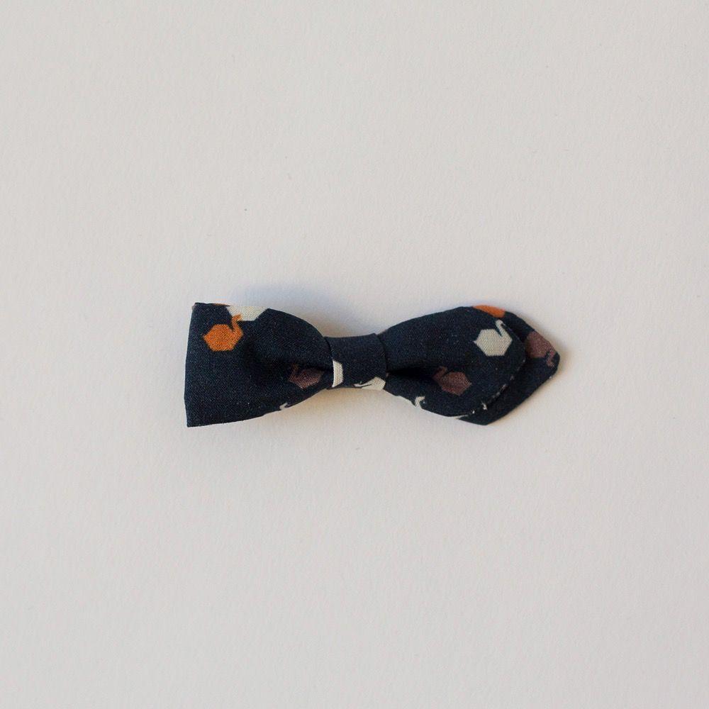 Love Well Handmade Vintage Bow Clips