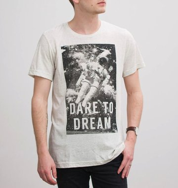 Shop Good: Tees Dare to Dream Tee