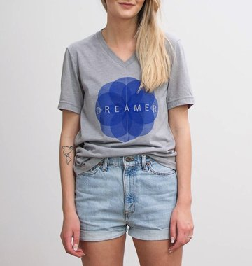 Shop Good: Tees Dreamer V-Neck Tee