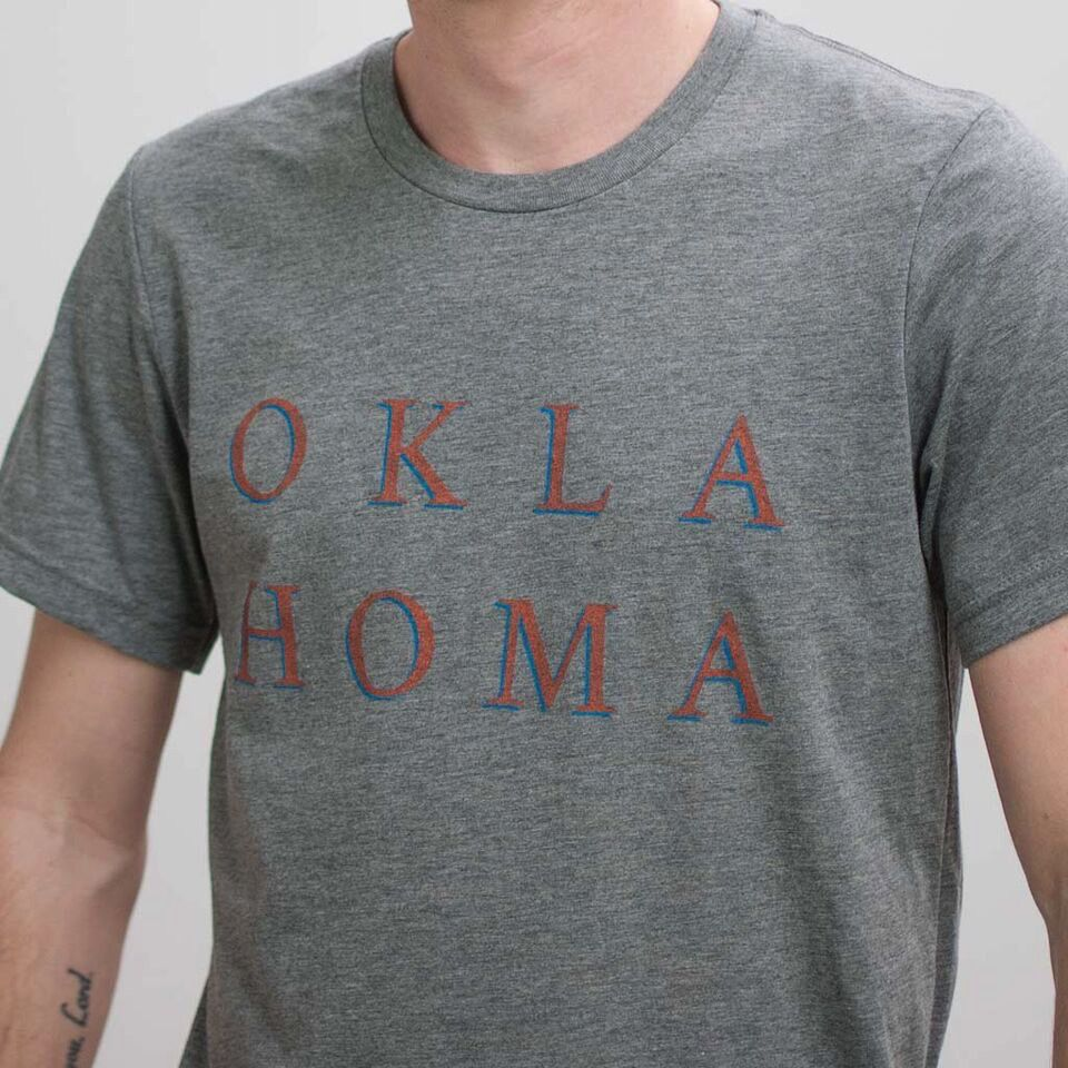 Shop Good: Tees Serif Homa Tee