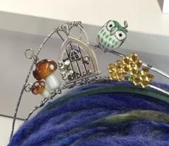Class - Queen For A Day (Crown) by Sondra Von Burg