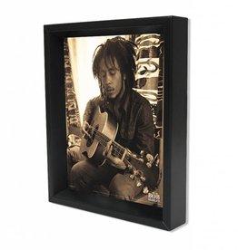 """3D Shadowbox 8""""x10"""" - Bob Marley Sitting"""