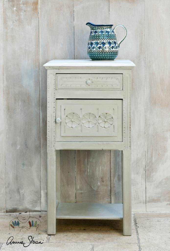 Paris Grey Chalk Paint by Annie Sloan