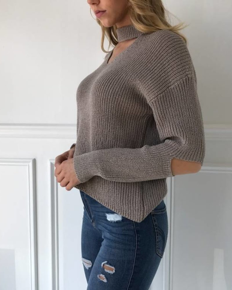 Lush LT13081-s01 cutout sweater